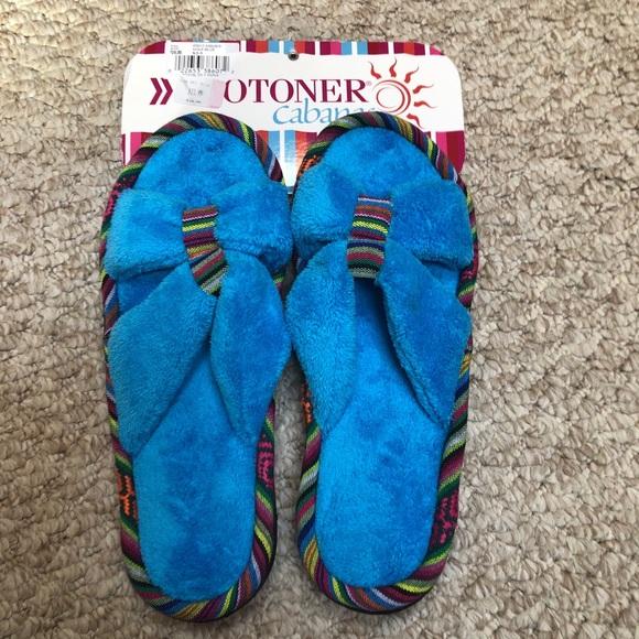 Isotoner Cabanas house slippers size 8.5-9